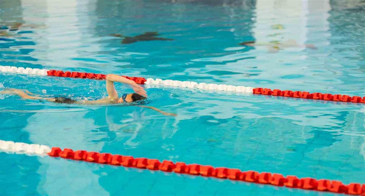 Swimming pool stories: Hobart's abandoned aquatic house